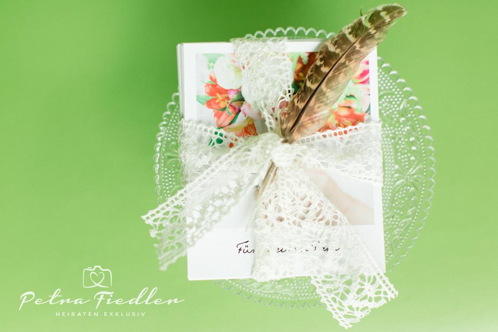 Hochzeitspakete von Hochzeitsfotografin Petra Fiedler werden auf Anfrage zugeschickt. Preise sind nicht in der Webseite. Foto: Fotografin Petra Fiedler | www.heiratenexklusiv.de Wuppertal - NRW
